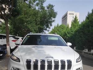 Jeep自由光2016款2.4专业版