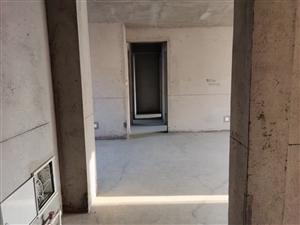 同泰小区3室43.5万元,无过户费,可贷款