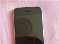 本人有一部苹果SE 出售,9.5成新!有需要的打电话
