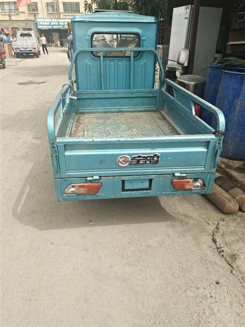 二手带棚电动三轮车出售!13519480416。