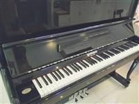 转让英曼钢琴UP123,黑色准新琴,在家闲置低价出售
