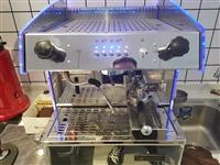 有急事  饮品店95新设备,低价出售,有需要的联系我哦!!!有(咖啡机+软化器+磨豆机)、(开水机+...