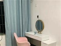 **未用过梳妆台,现代简约一体北欧ins收纳柜  设计元素:原木  门数量:5门  是否带妆凳...