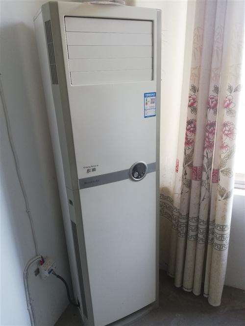 ??格力(GREE)3匹 Q铂 大风量 变频 快速冷暖 立柜式 客厅/家用空调立式柜机KFR-72L...