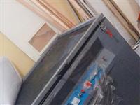 丝网印刷晒版机~ 曝光机、印花印字机 厂房搬迁~800元 晒版机:宽1米*1.2长 丝网晒版机 真空...