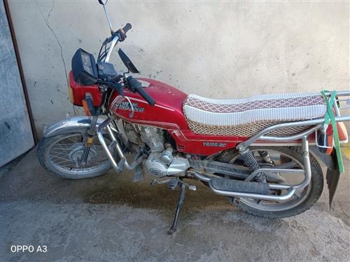 本人有辆摩托,低价出售,联系电话18194603710