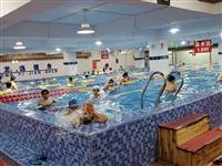 收一张市民活动中心的游泳次卡,注意是收