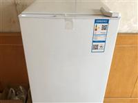 创维两开门,冷冻冷藏冰箱,容积200升。转手价300元,原价799