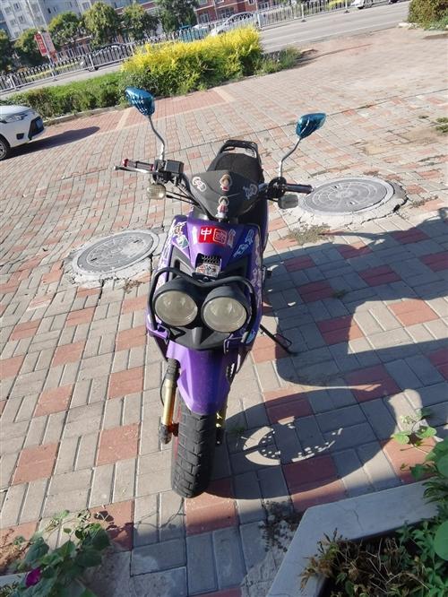 路虎摩托车,125。八千多公里,不议价,凌源随时可以看车。