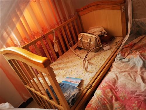 婴儿床,买来500多小孩基本没睡过,都是放卧室放东西了。九成新