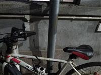 山地自行车,八成新车,180元立提,永庄村