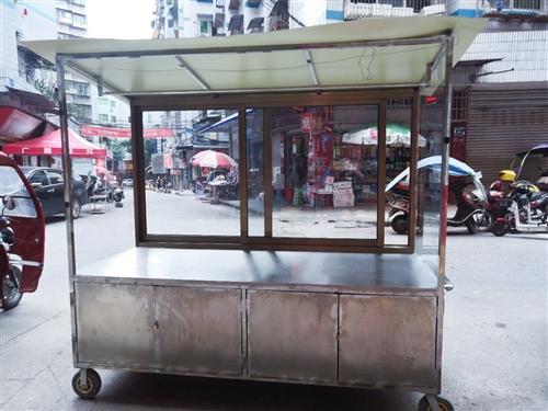 现有一辆卤菜餐车出售,晓霞西街50号,随时看车!