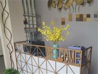 瑜伽馆设备处理:前台,灯具,一套高温设备,柜子等。有意者优惠处理