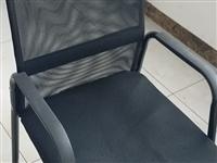 家居出售,桌子、沙发、老板椅两百一件,椅子十五元一把(有17把),冬季烤火架50一张(有7张)