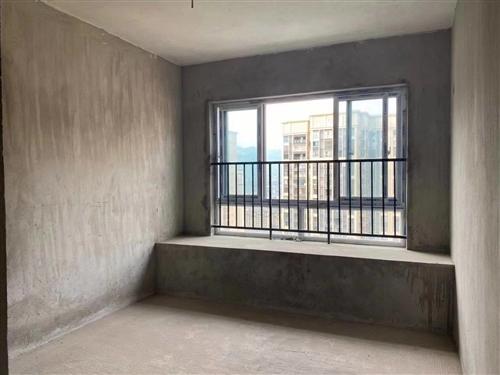 宏帆三期16樓,3室2廳2衛,戶型方正,采光無敵。看小區游泳池