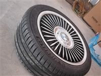 米奇林宝马轮胎,车卖了,新的没用过,10000多买的,不用了现价6000元,可调价,喜欢的私