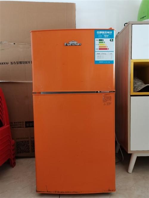 遠東時代冰箱。型號Bcd-98。7成新,所有功能完好,制冷效果佳。因搬家需處理,報價200。有意私聊...