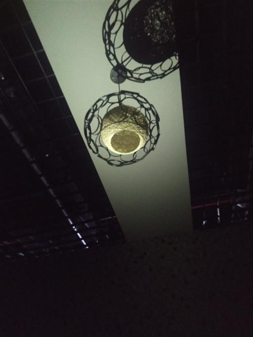 闲置吊灯出售微信a1003709152