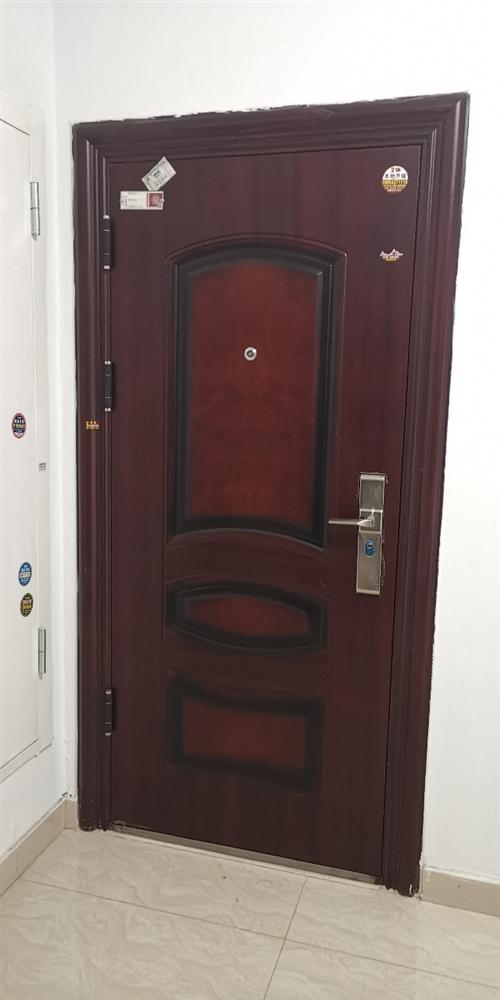 现有楼房标准入户防盗门一扇??  **原装,未撕保护膜 带有原装未拆封钥匙五把,装修钥匙二把 ...