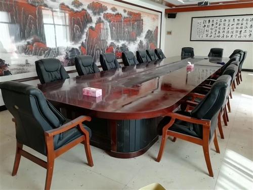 破產企業辦公家具、餐廚用具、字畫工藝品、賓館用具,低價處理!聯系電話17709476047