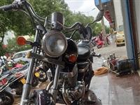 豪进CA250双缸摩托车,车况完美,发动机安静不烧机油,刚到报废期,公里数少,无需任何投资。