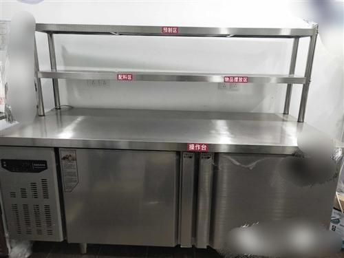 洗菜盆雙頭,**,銅芯水龍頭,300元 不銹鋼工作臺,95成新。1.8米*0.8米,帶不銹鋼置物架...