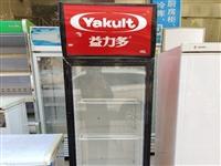 饮料展示冰柜,环城西路亿多超市对面(楠峰电器)