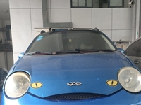 08年上牌,奇瑞QQ3 ,1.1排量,手动变速箱,**配,四门电动门窗,电动后视镜,铝合金钢圈,2个...