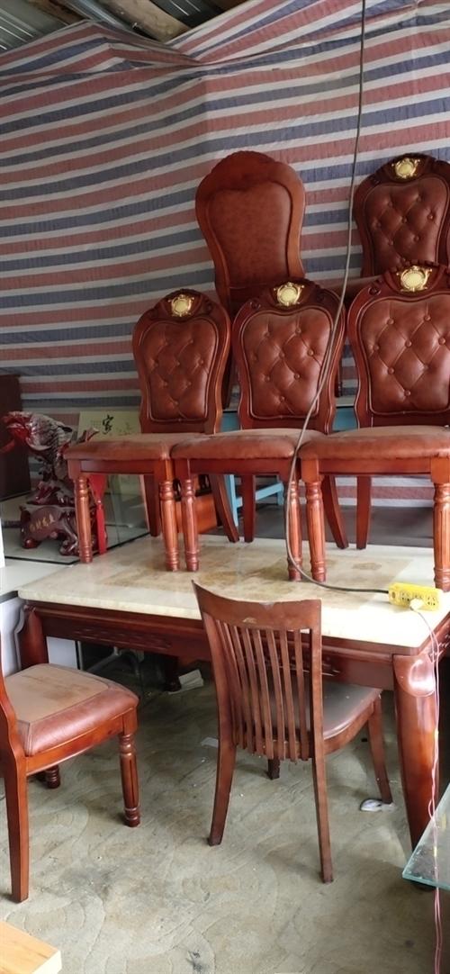 高價收:床,桌子,椅子,柜孑,各種家具,機電