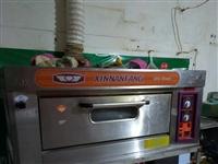 液化氣面包烤箱,8成新,杞縣振興街,自己過來拉。**價850,