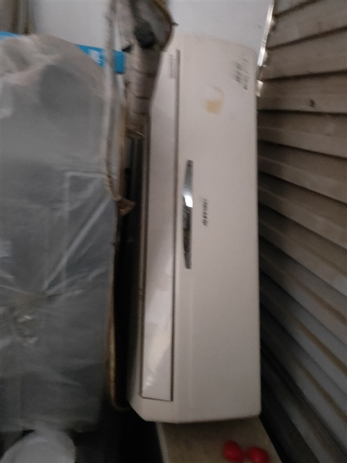 大量各品牌新旧二手空调 出租 出售 ! 欢迎致电 !