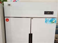 **商用四開門冰箱,一直在家里放著,質量過硬,要的聯系13083884989