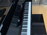 施特劳斯钢琴:东方典藏版128**演奏级别,在家闲置欲出售,联系电话13993792840