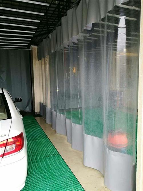 1毫米厚中间透明门帘,新品,没用过,买重了,低价处理,尺寸是2米X2.7米,4块,可用于4米X2.7...