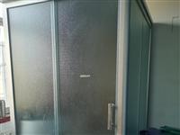 整体卫浴出售用了一年,换地方用不到了,便宜卖了,需要的联系