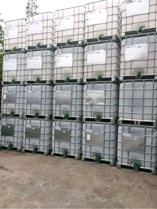 青岛吨桶回收,青岛大铁桶回收,厂家常年高价回收大铁桶,二手吨桶,方桶,200升机油桶,稀料桶,树脂桶...