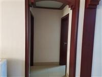 西高新村3楼两室两厅精装带储藏室91平86万