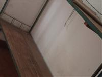 双层床,角铁床,木头床板,有十几张,自提价一百块钱一张,床在新郑博物馆附近,也欢迎老板一次收走!价格...