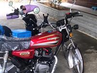 【二手出让】因工作原因 出售刚买**国六电喷125摩托车一辆  手续齐全 可过户 刚买完保险和做年检...