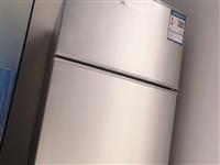 99新,官网入手半年,还在保修期,由于搬家急售,韩国现代牌子66升小型租房冰箱,仅限自提,一口价,不...