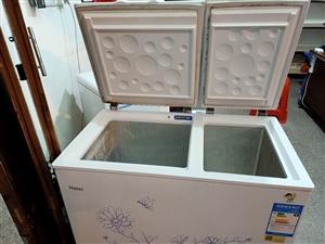 海尔双温二手小冰柜9.5成新功能一切正常要的赶快下手错过了就没有了就一台