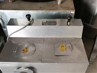 搅肉机、煮面炉、四门冰柜和电磁炉桌处理