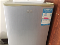 冰箱一门,空调立式一台,空调挂式一台,二手出售,有需要联系
