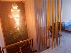 (房东直售)广汇小区一二楼复式220平另带花园70平3室3厅3卫精装