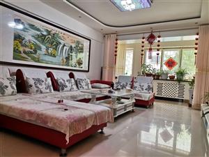紫轩花园一期一楼3室 2厅 1卫56万元