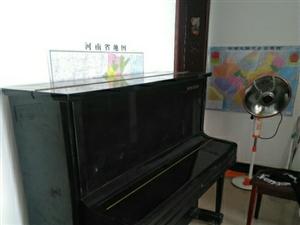 新密搬钢琴找杨师傅专业团队随叫随到