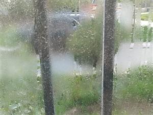 陽臺窗戶玻璃更換