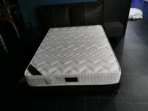 云南知名品牌明珠豪庭床垫厂家直销价格合理质保十年
