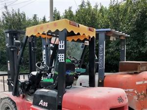 小挖机、3.5——5吨叉车出租(可下地下室)