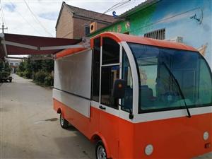 出售4.6米餐車一輛